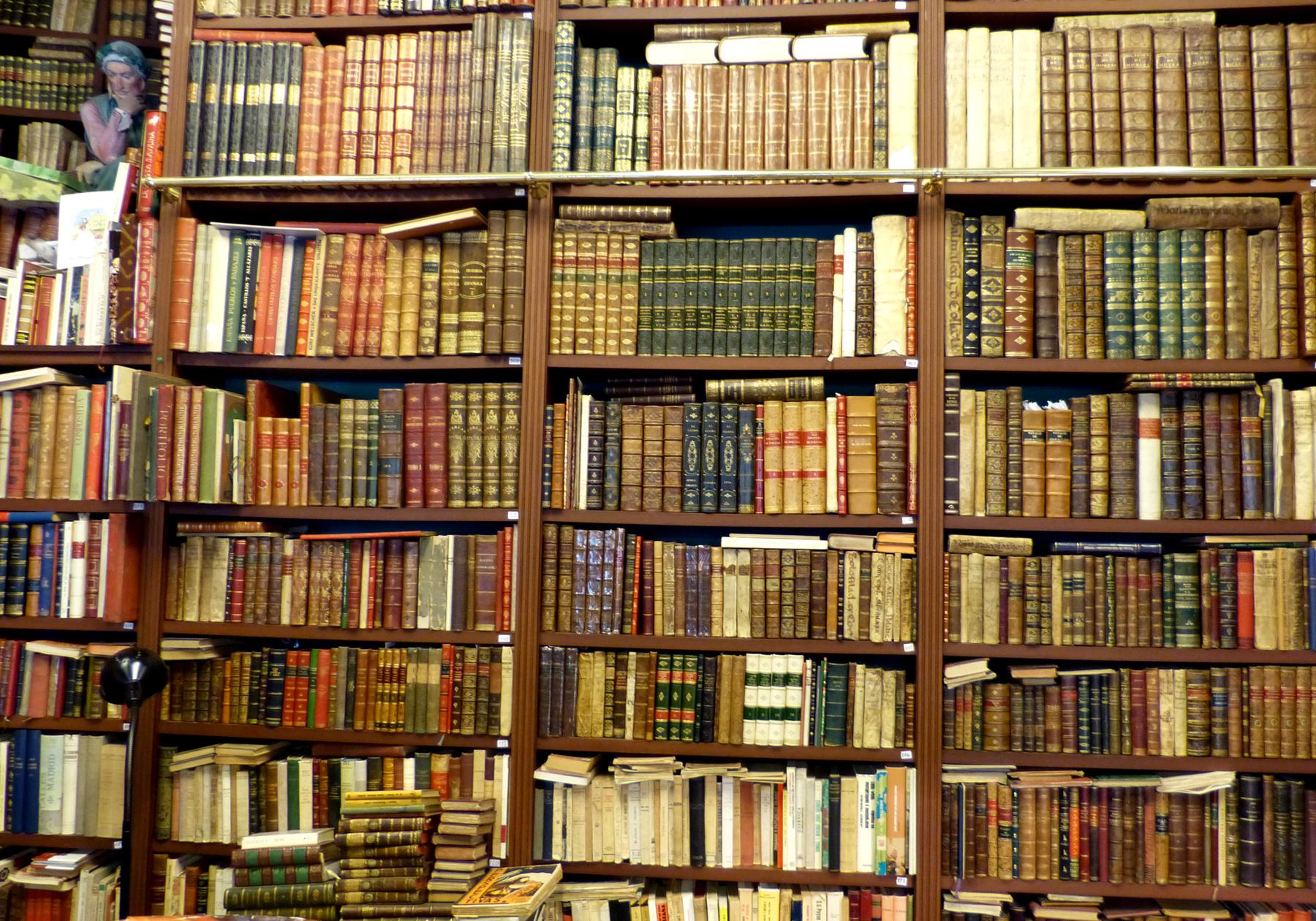 Libros de segunda mano en bilbao bookhunterblog - Librerias de pared ...